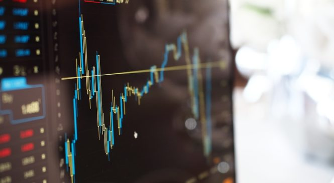 Российский фондовый рынок перешел в стадию падения