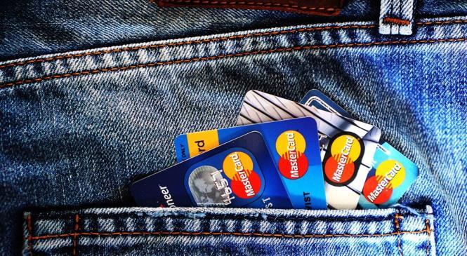 Как и где моментально получить кредитную карту?