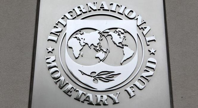 Аргентина обсуждает с МВФ дополнительный кредит