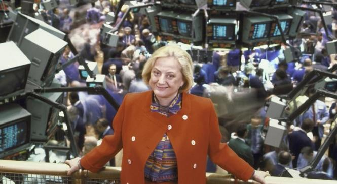 Первой женщиной-членом NYSE в 1967 году стала Мюриэль Зиберт – пока первая и единственная женщина, открывшая брокерскую фирму в США